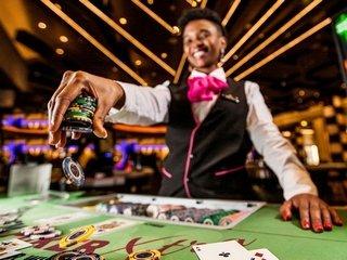 Играйте в азартные слоты в казино Вулкан 24 без денежных рисков
