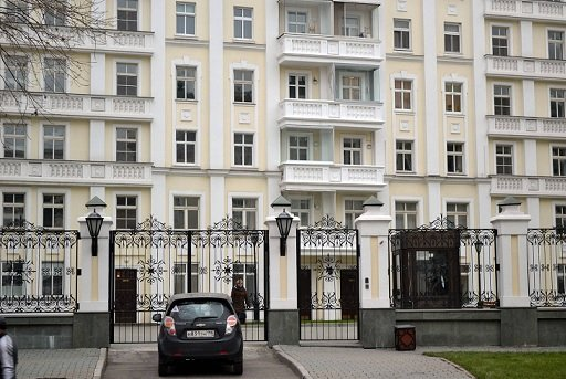 В Москве внезапно подешевело элитное арендное жилье