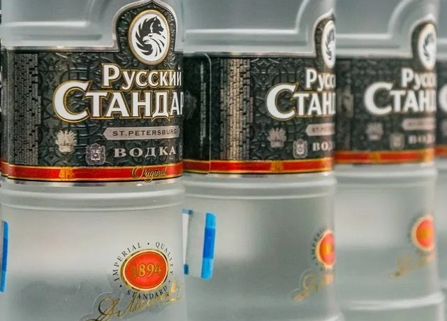 «Roust» начнет продажи в России собственного джина