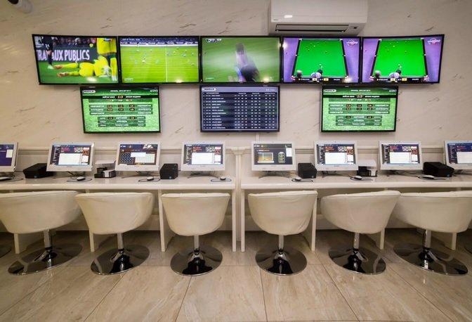 «Сбербанк» хочет купить долю в «TeleSport Group»