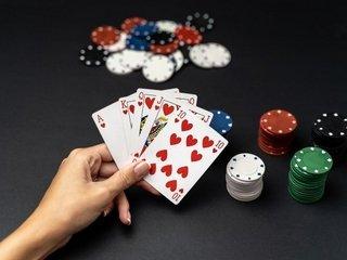 Как играть в покер прибыльно