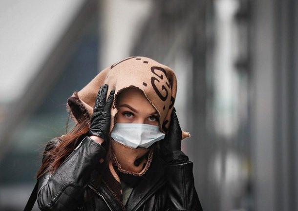 Третья волна пандемии начнется в середине апреля — Сбер