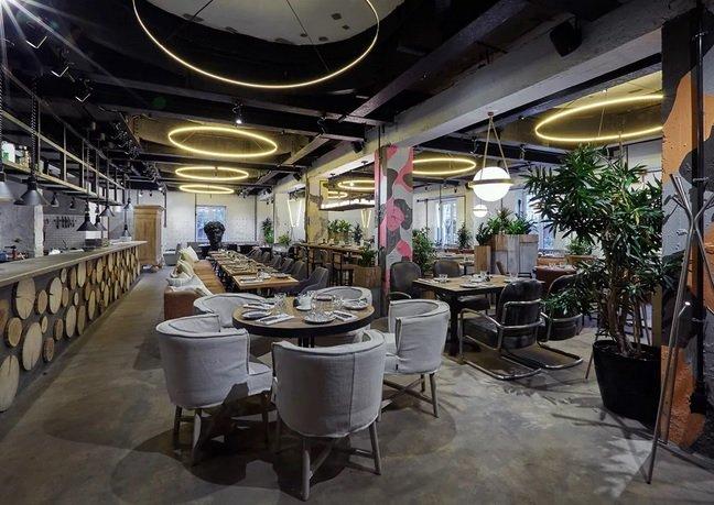 Аркадий Новиков привлек Александра Колобова для развития ресторанной сети «Сыроварня»