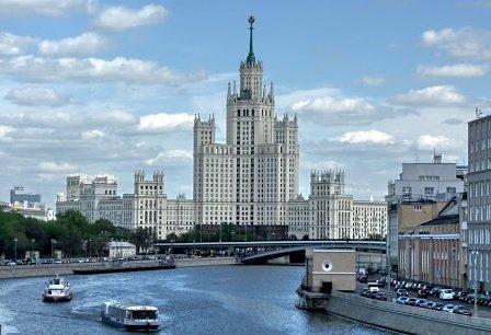 Квартира в высотке на Котельнической будет продана за 12 млн руб.