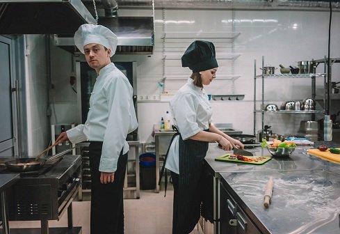 Группа «Самолет» стала инвестором сети кулинарных коворкингов