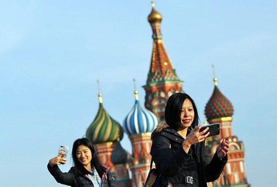 Турпоток в Москве восстанавливается быстрее, чем в регионах