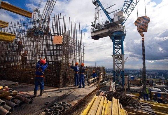 В столице могут вырасти зарплаты строительных специалистов