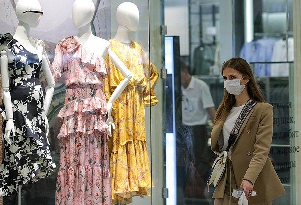 В московские моллы начали возвращаться покупатели