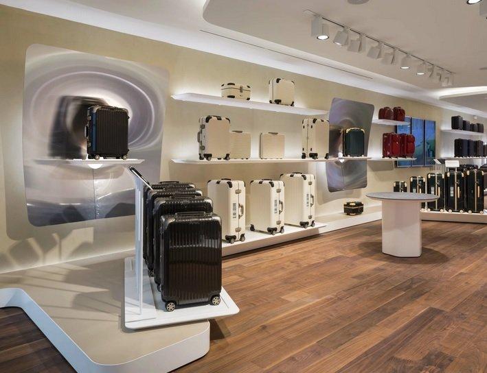 «LVMH» хочет открыть в России первый магазин «Rimowa»