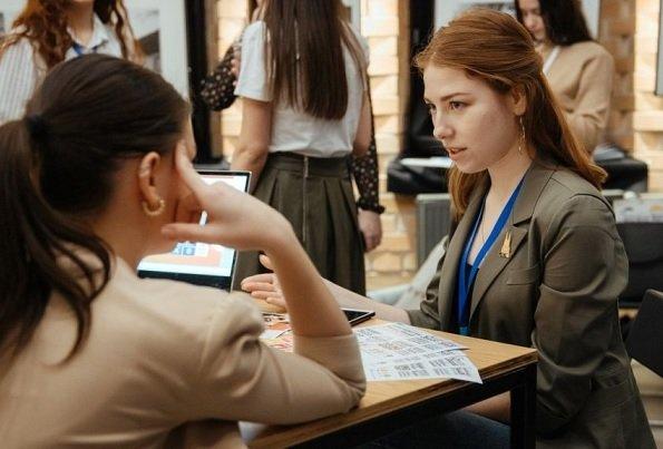 Стало известно, сколько хотят зарабатывать начинающие карьеру жители Москвы