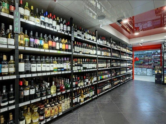 Столичные власти попросили алкомаркеты прекратить работу на период усиления противоэпидемических ограничений